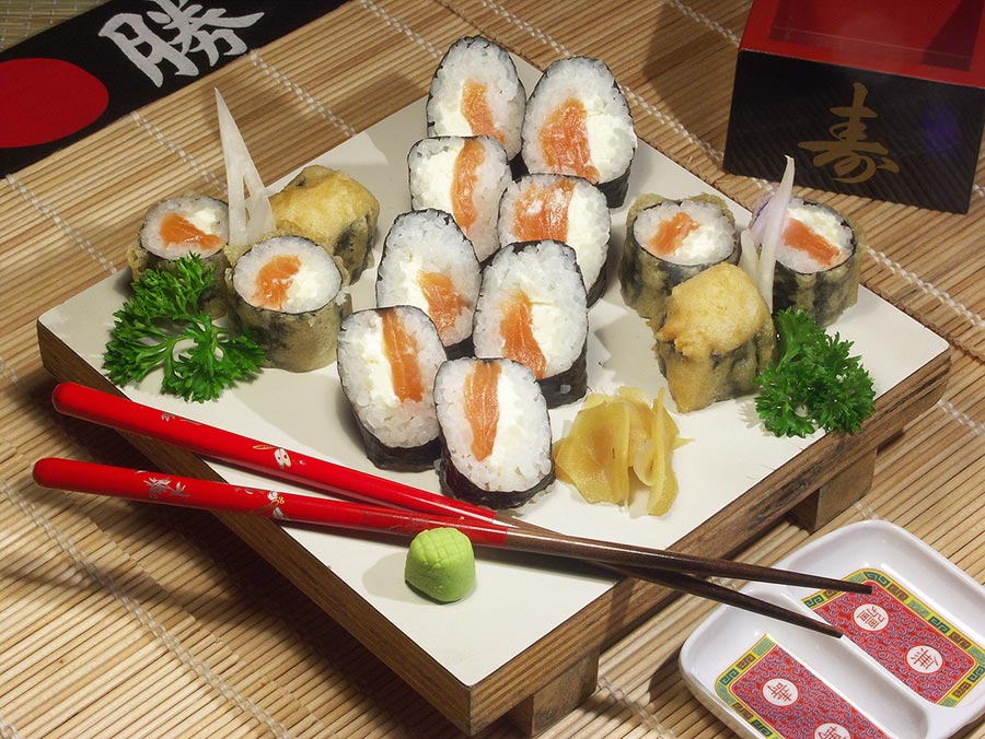 Maki saumon et fromage frais